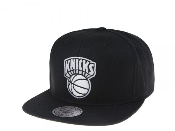 Mitchell & Ness New York Knicks Black and White Team Snapback Cap