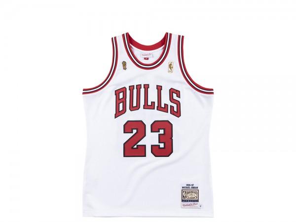 Mitchell & Ness Chicago Bulls - Michael Jordan Authentic Jersey 1996-97 Finals