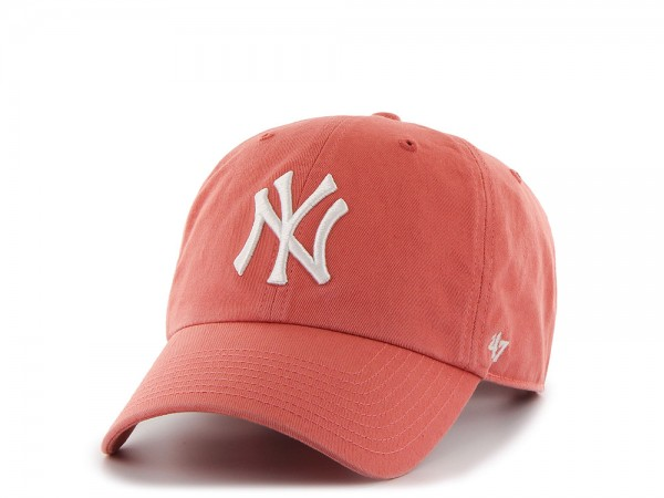47Brand New York Yankees Clean Up Island Red Strapback Cap