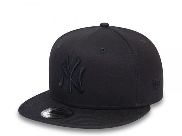 New Era New York Yankees Tonal League Essential 9Fifty Snapback Cap