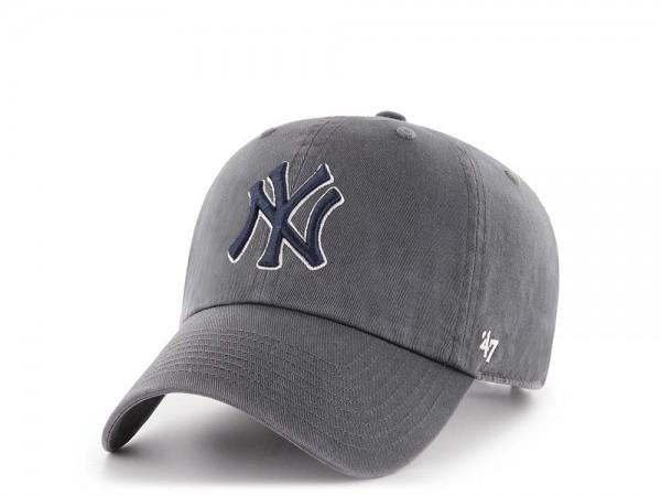 47Brand New York Yankees Clean Up Charcoal Strapback Cap