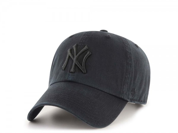 47Brand New York Yankees Clean Up All Black Strapback Cap