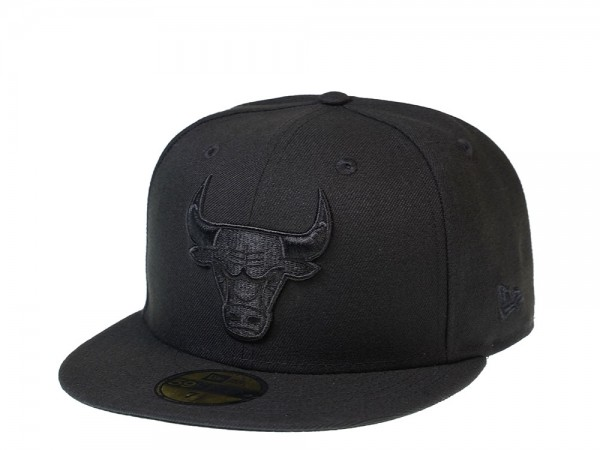 New Era Chicago Bulls Black on Black Edition 59Fifty Fitted Cap