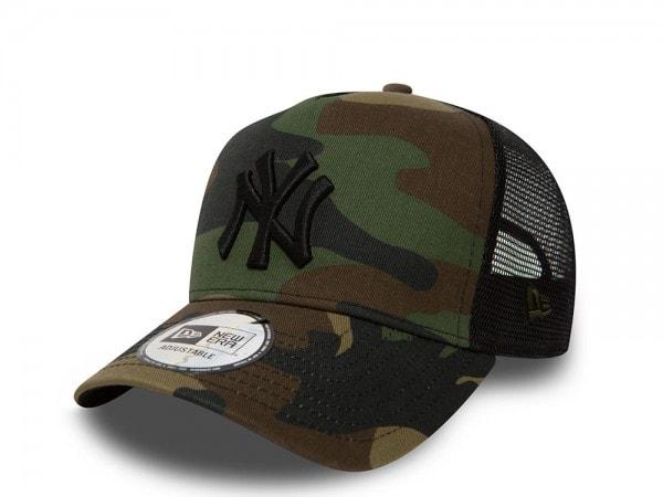 New Era New York Yankees Camo Trucker Snapback Cap