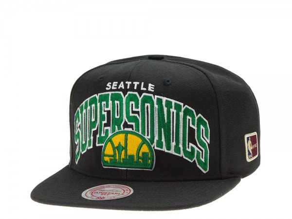 Mitchell & Ness Seattle Supersonics Team Arch black Snapback Cap