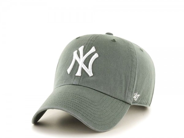 47Brand New York Yankees Clean Up Olive Strapback Cap