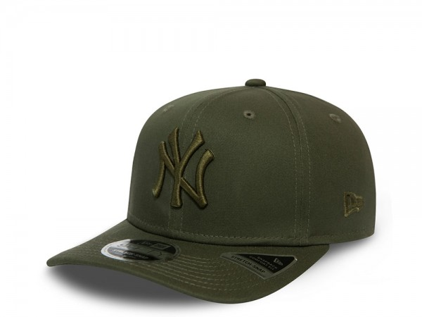 New Era New York Yankees Olive League Essential 9Fifty Stretch Snapback Cap Cap
